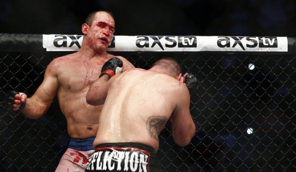 Junior Dos Santos' Coach Never Considered Throwing in the ...