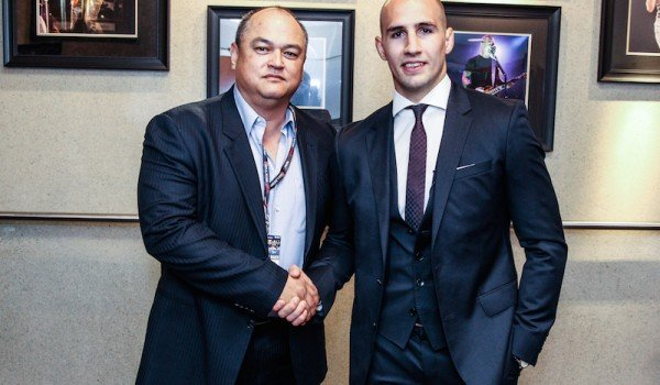 Rory MacDonald Signs with Bellator